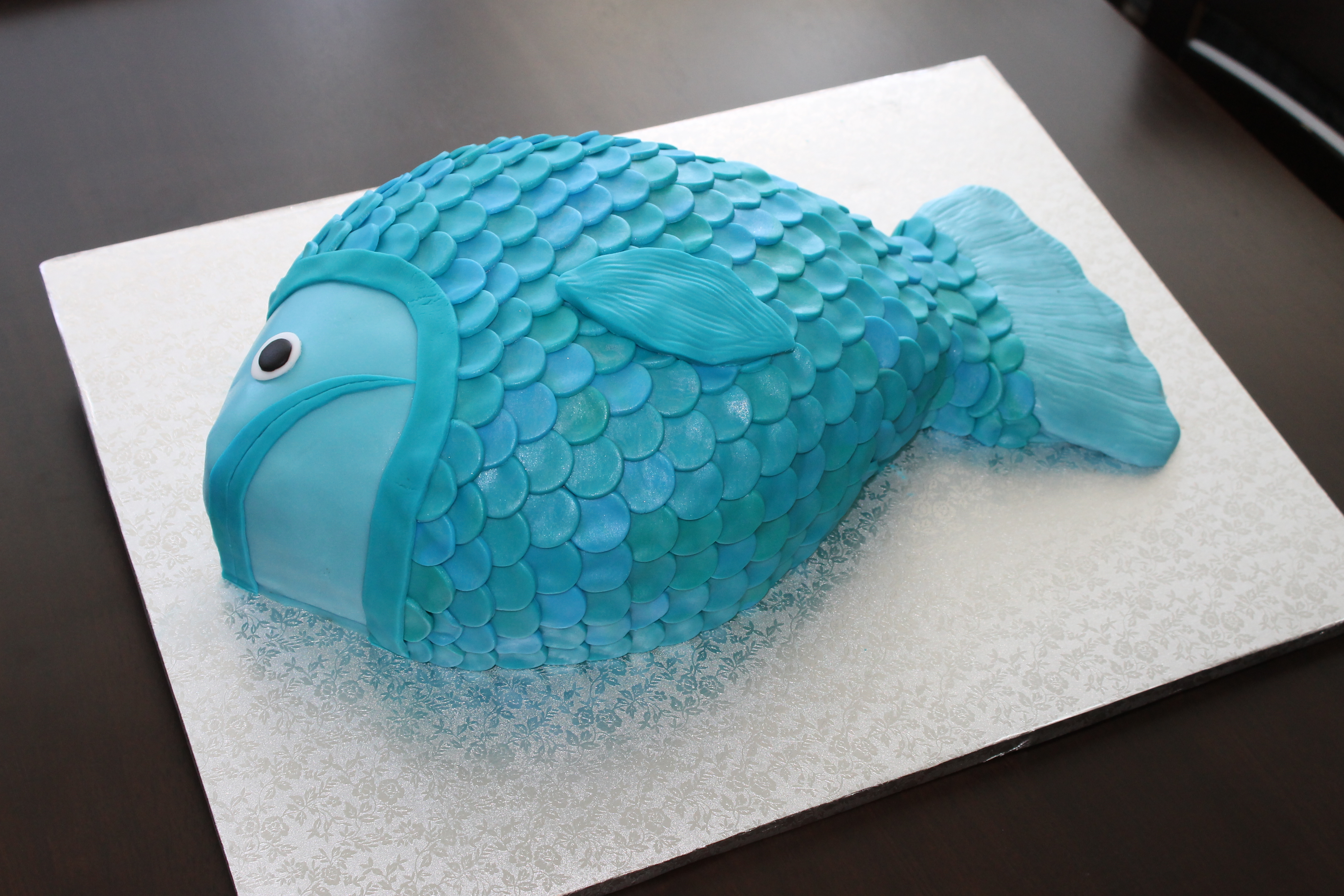 Fish Shaped Cake Buttercream Bacon